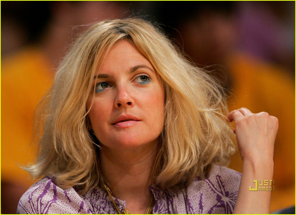drew barrymore lakers game 071934721