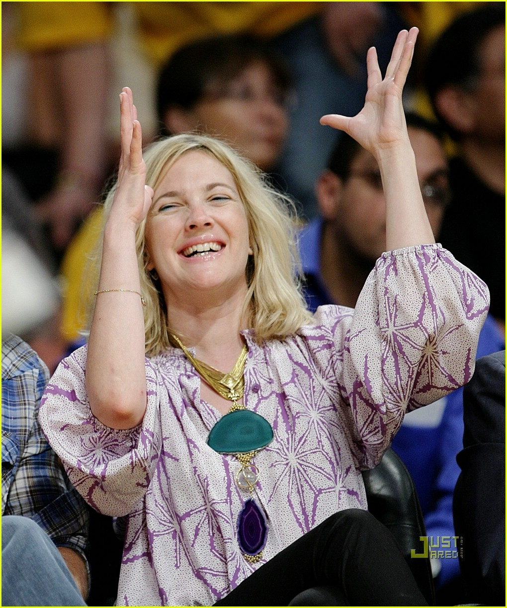 drew barrymore lakers game 091934741