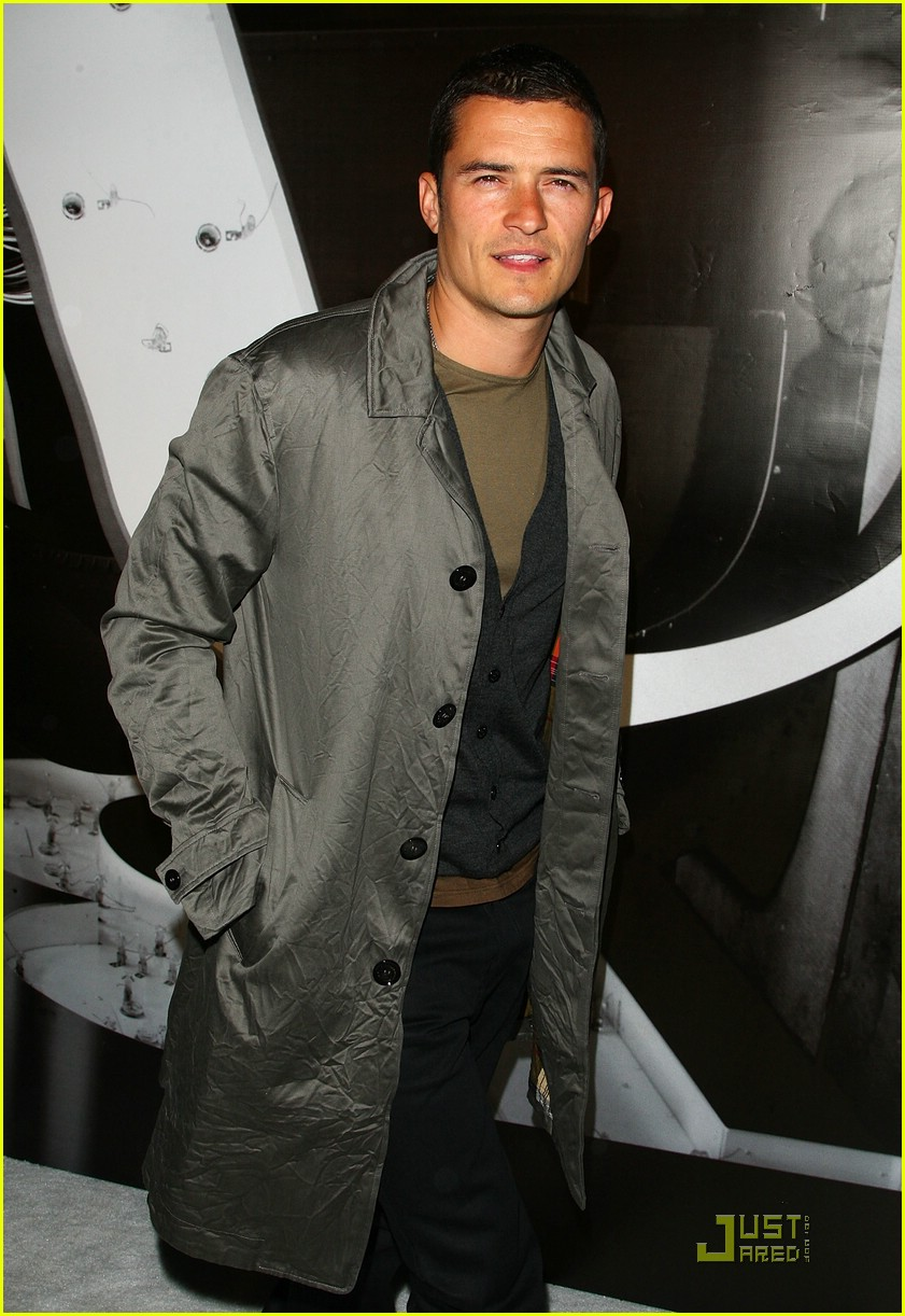 orlando bloom burberry day 07