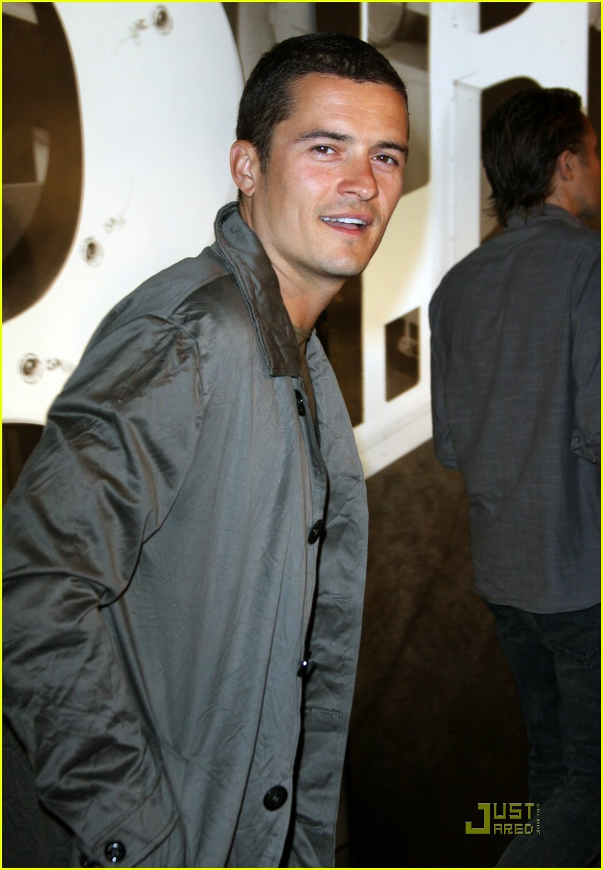 orlando bloom burberry day 24