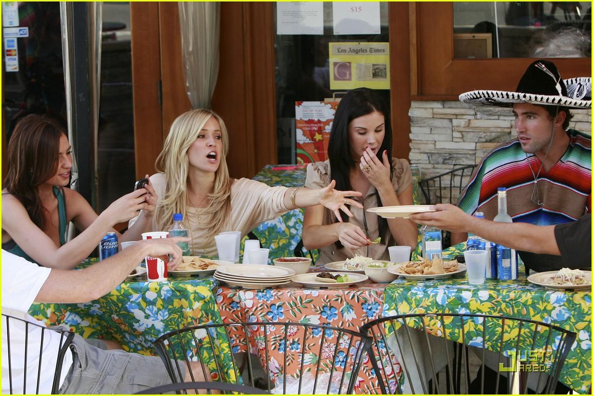 kristin cavallari pinches tacos on the hills 241950481