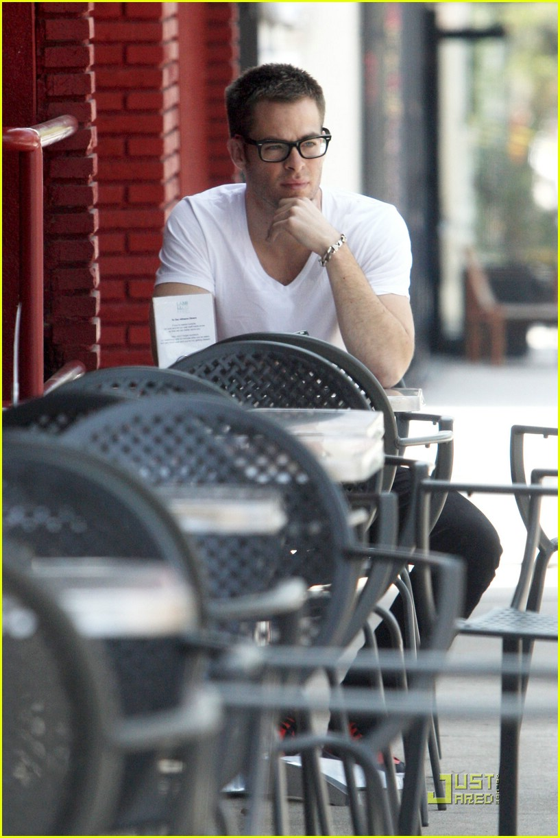chris pine coffee 051923311