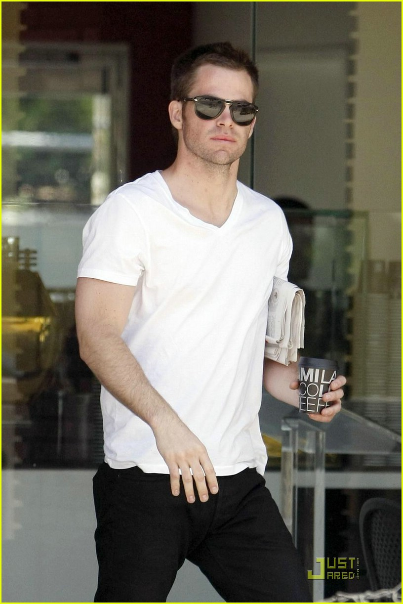 chris pine coffee 161923421