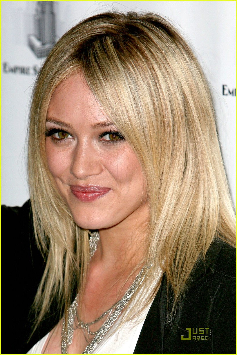 hilary duff flips the switch 061920571