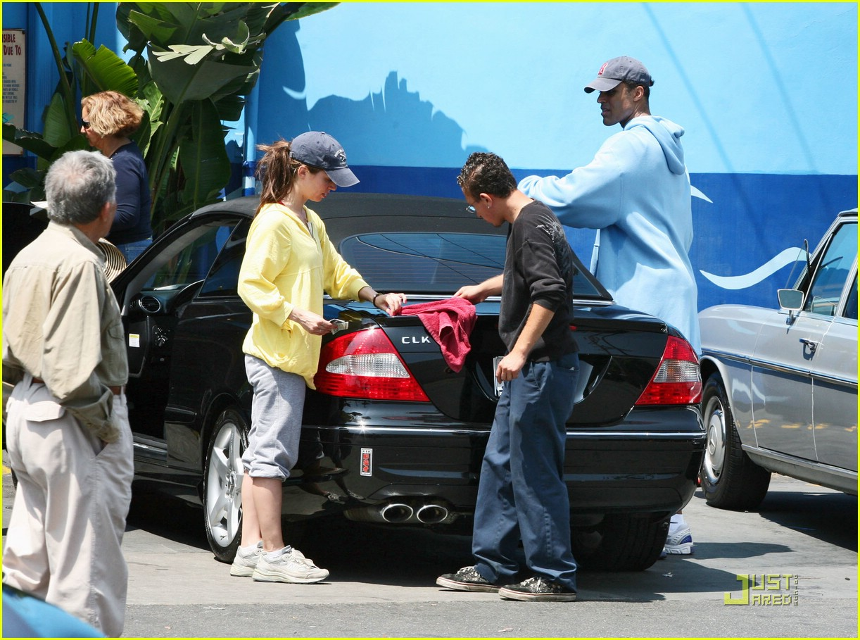 eliza dushku rick fox car wash 081947891
