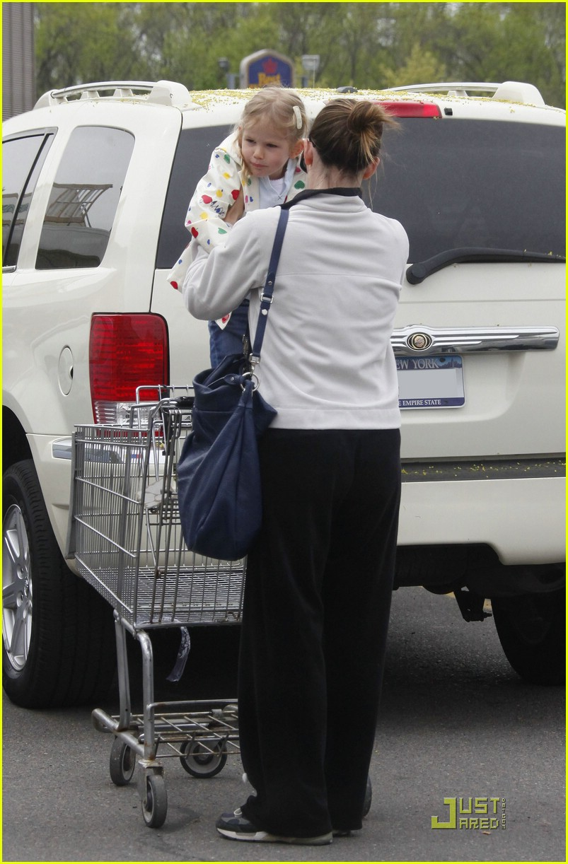 jennifer garner whole foods 041896931