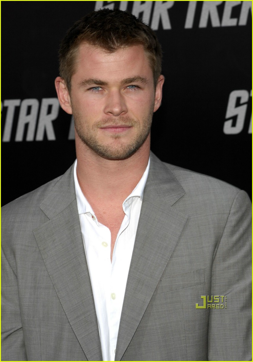 chris hemsworth thor 011925731