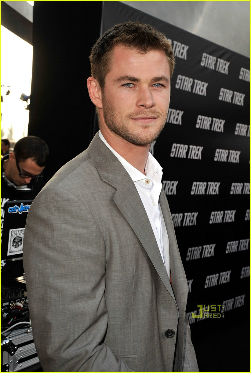 chris hemsworth thor 07