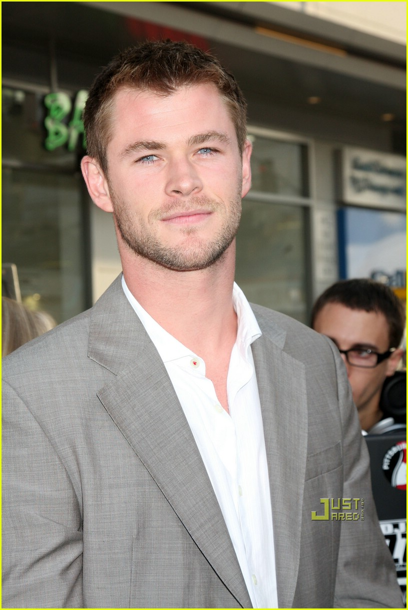 chris hemsworth thor 091925811