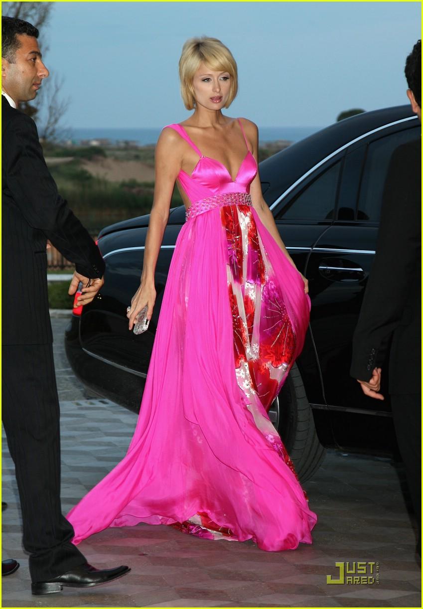 Платья розового цвета звезд