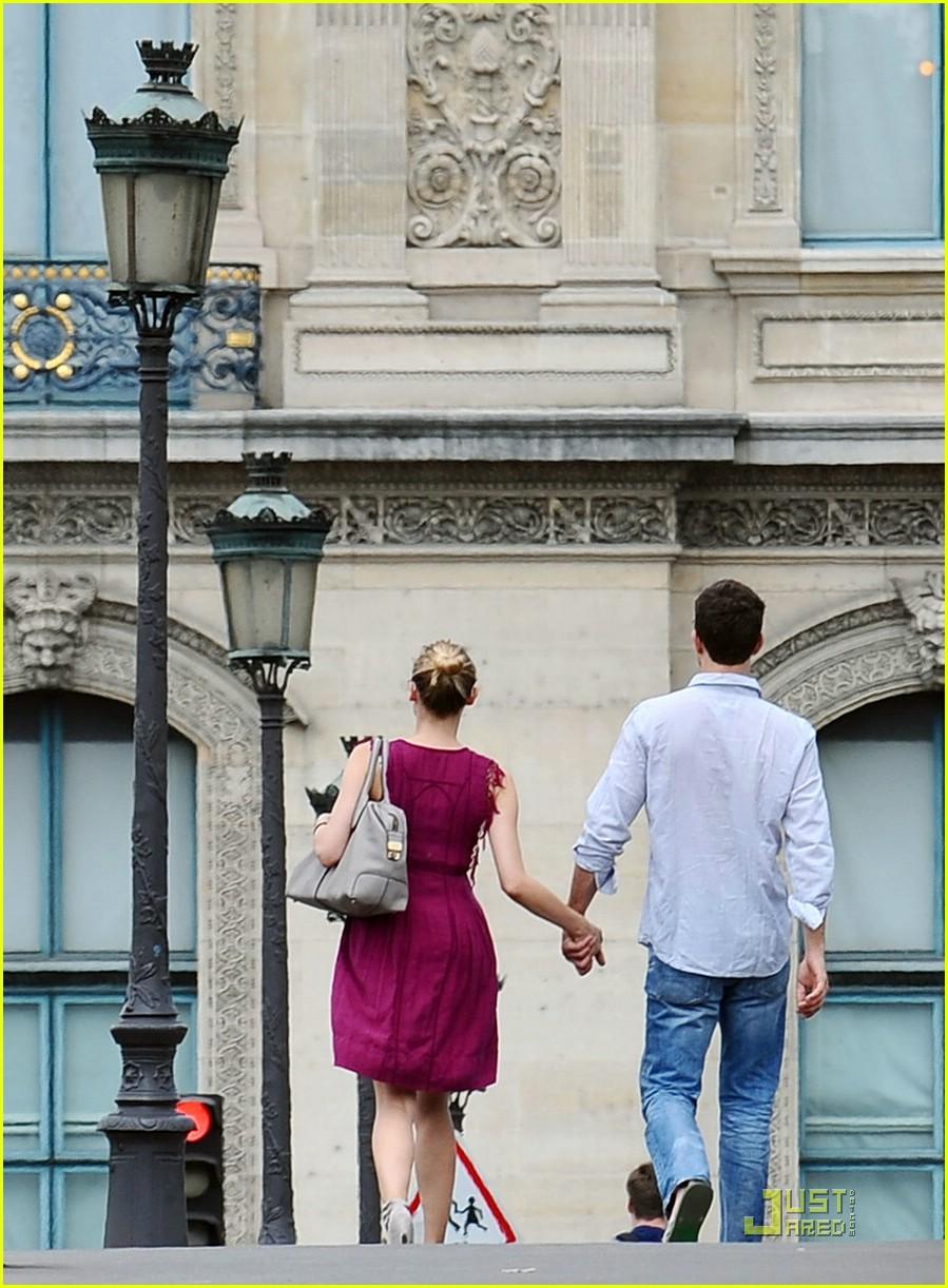 diane kruger joshua jackson kissing couple 031905421