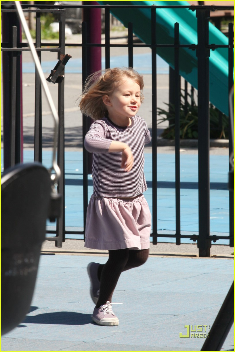 matilda ledger dancing queen 01