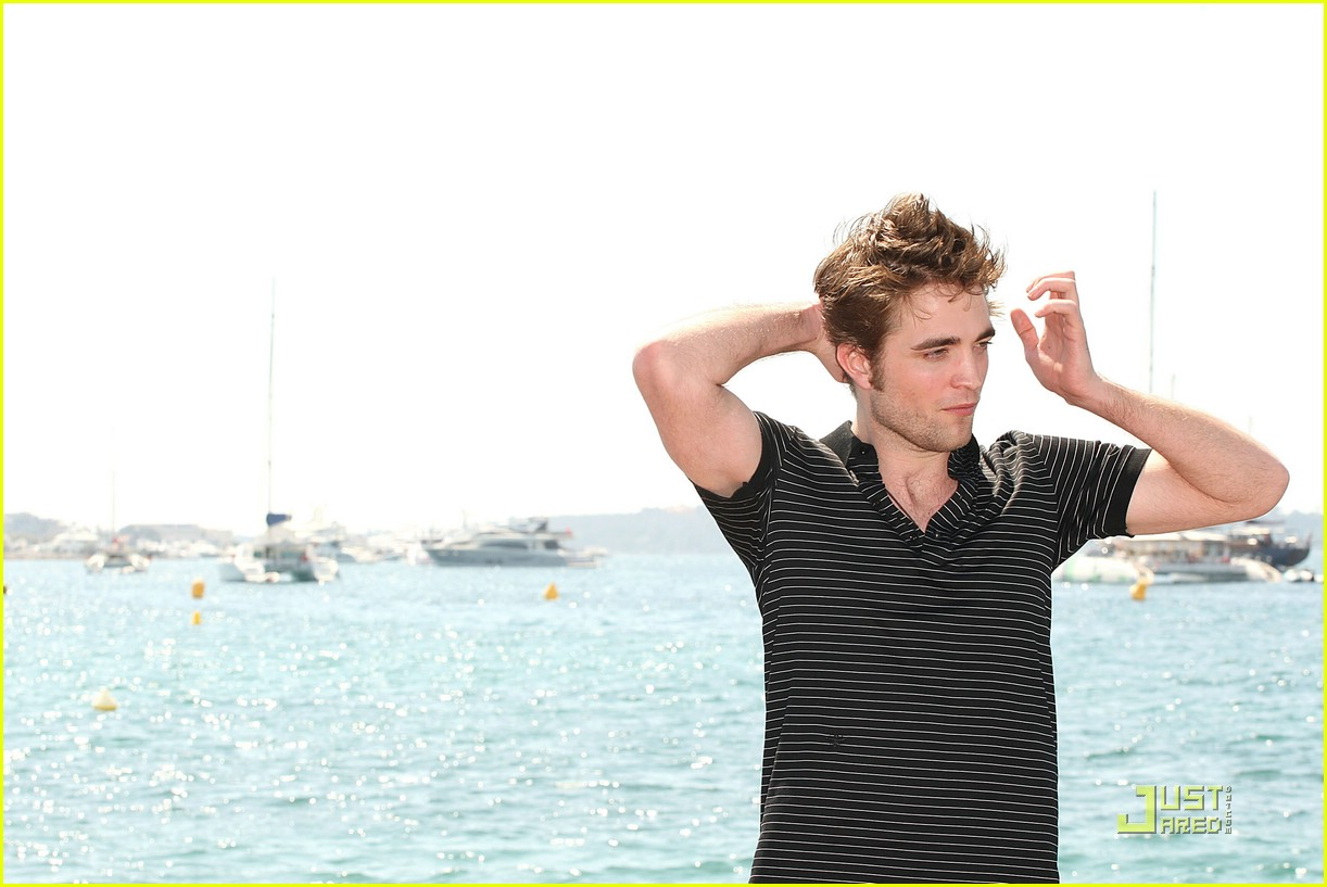 robert pattinson cannes film festival 011932551