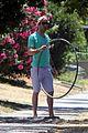 zachary quinto hula hoop 09
