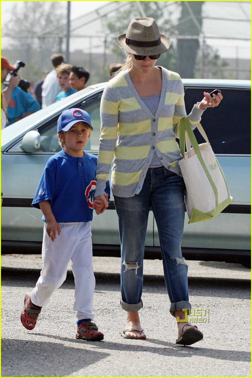 reese witherspoon little league 031926251