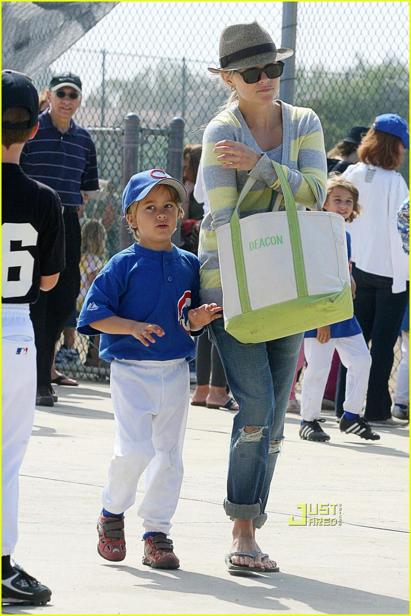 reese witherspoon little league 061926281