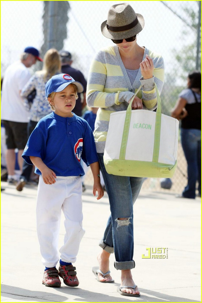 reese witherspoon little league 081926301