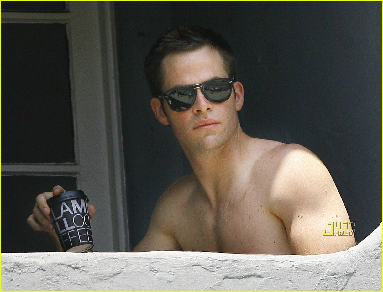 chris pine shirtless picking nose 251928941