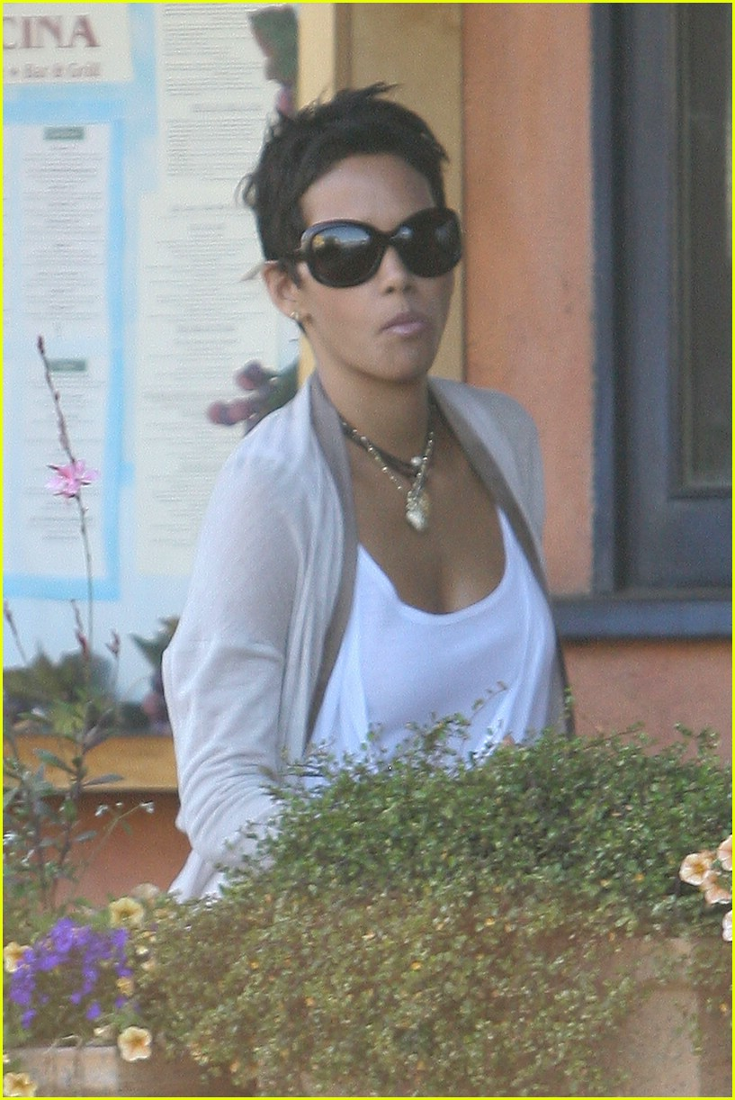 halle berry new short hair 091942471