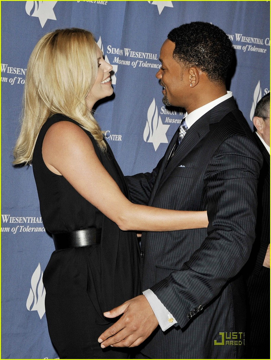 charlize theron honors pal will smith photo 1912331