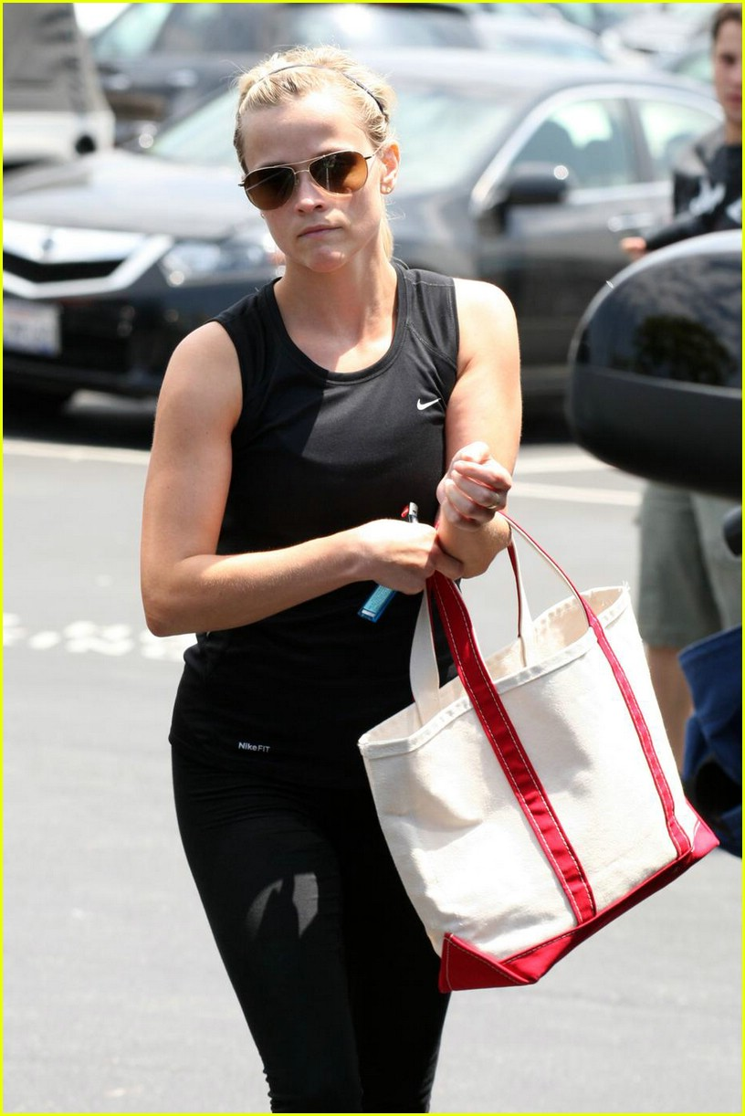 reese witherspoon pilates princess 011941741