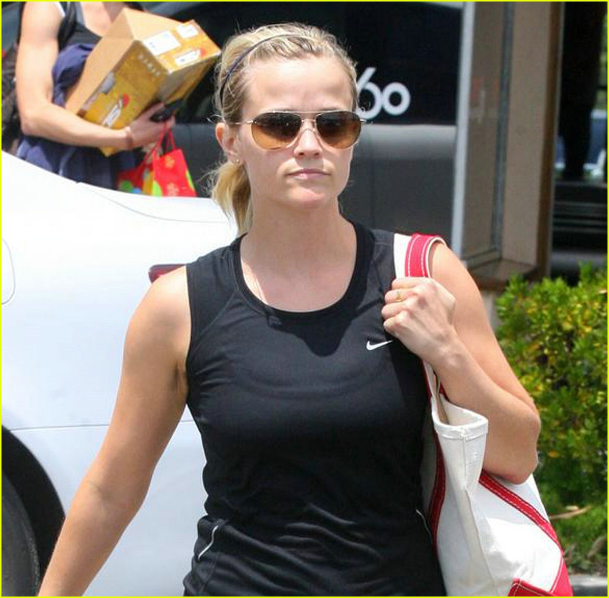 reese witherspoon pilates princess 021941751