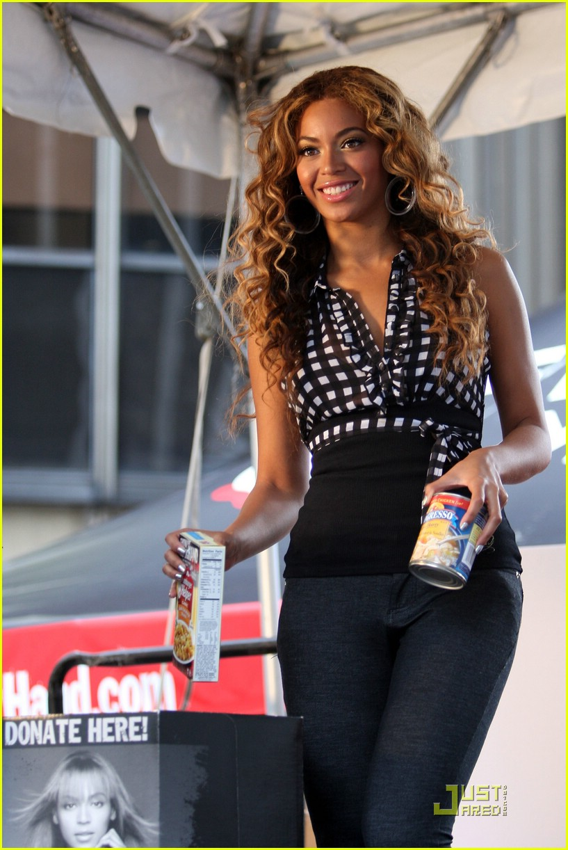 beyonce show your helping hand 202005551