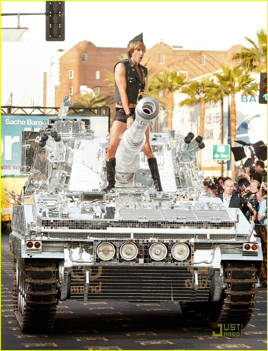 sacha baron cohen tank bruno 032016511