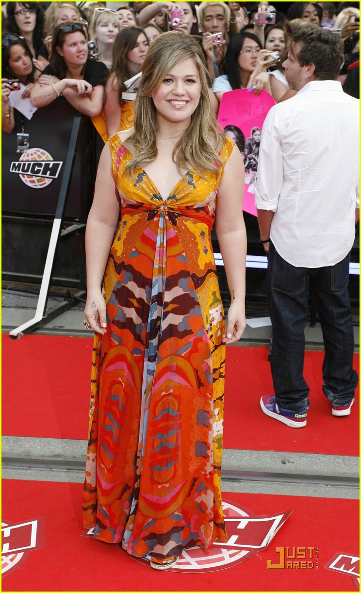 kelly clarkson much music red carpet 052002641