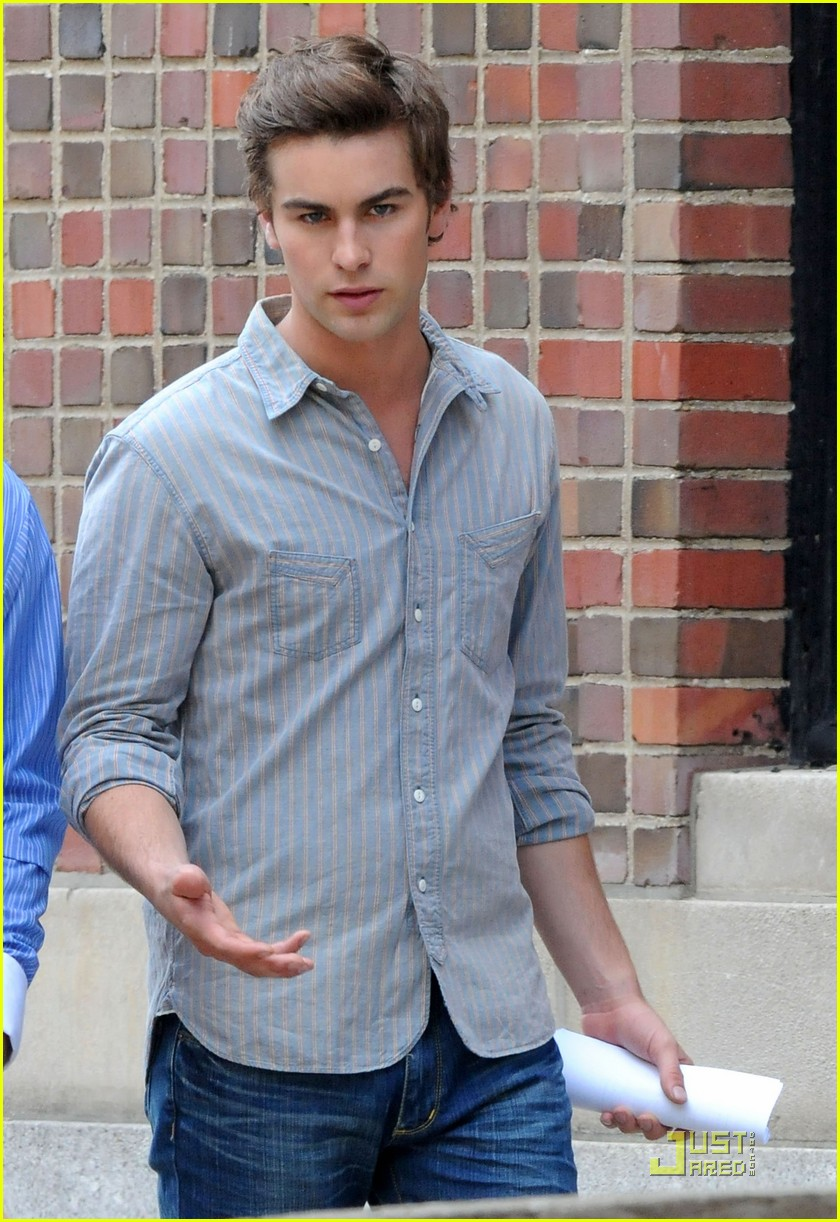 chace crawford back set 022021511