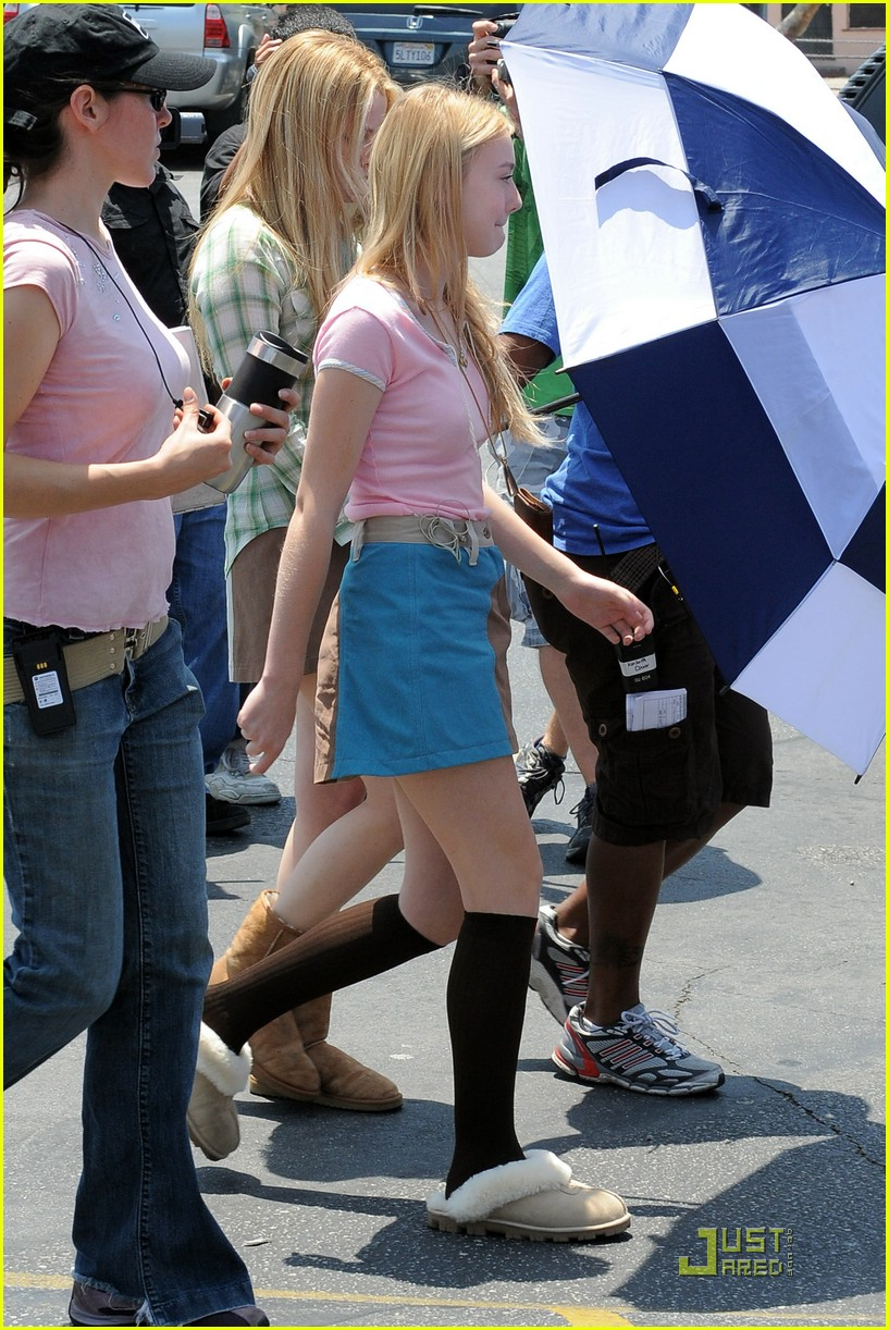 dakota fanning denim jumpsuit 022007041