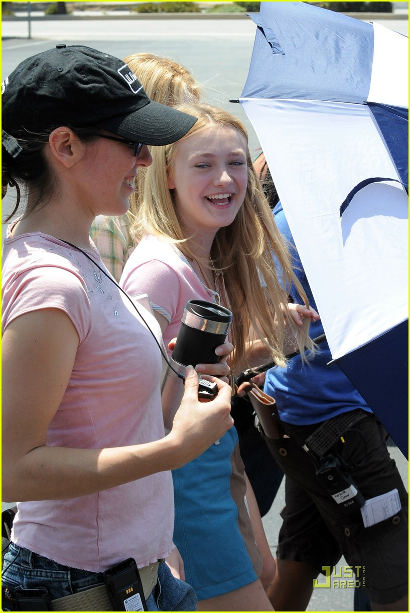 dakota fanning denim jumpsuit 04
