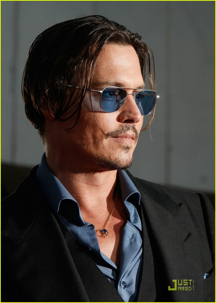 Amazing Johnny Depp Premieres Public Enemies Photo 2008421 Johnny Depp Short Hairstyles For Black Women Fulllsitofus