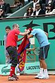 roger federer attacked at french open 06