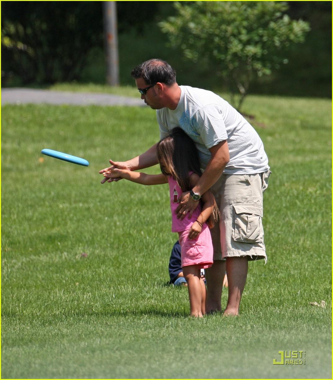 jon gosselin frisbee fun 02