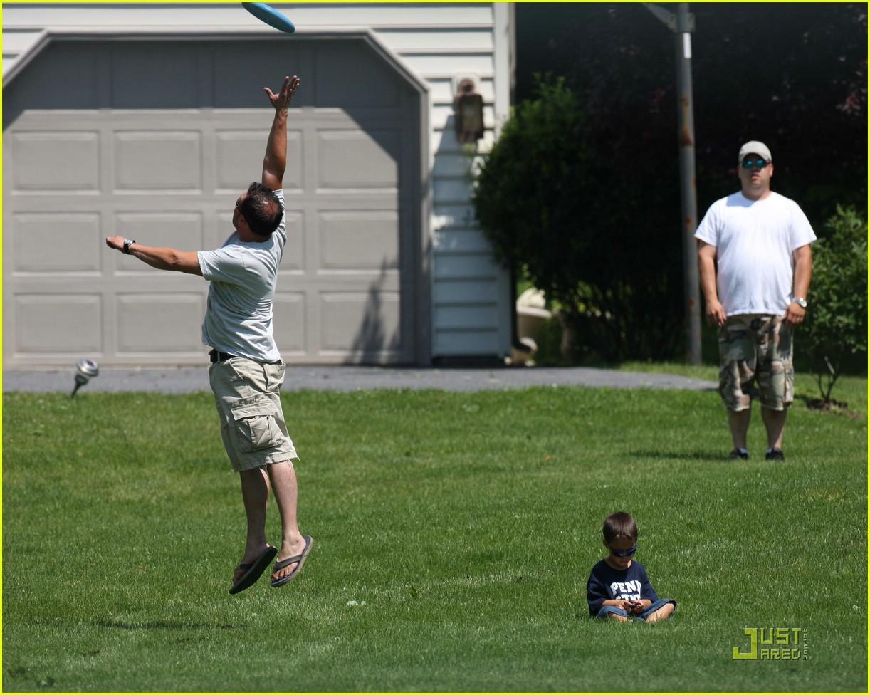 jon gosselin frisbee fun 042017101