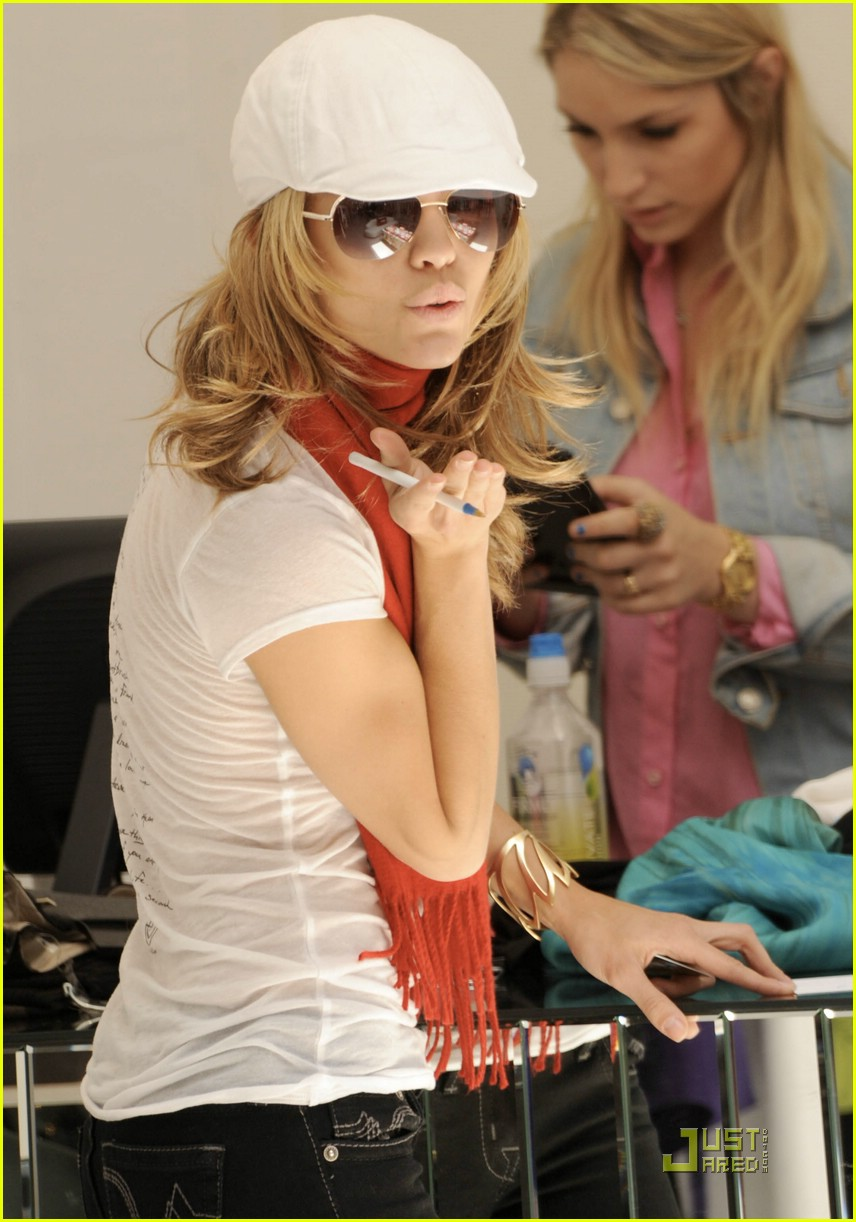 annalynne mccord shop til she drops 07