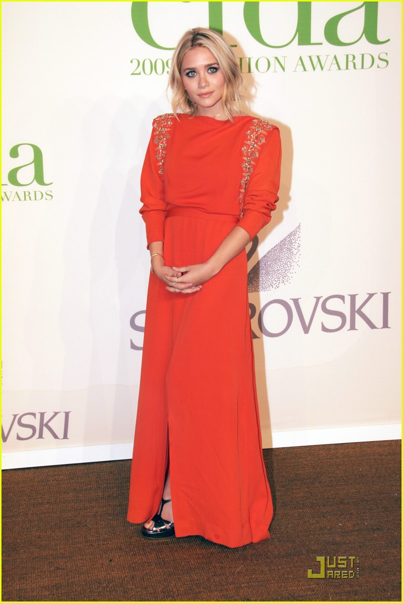 ashley olsen regal red 10