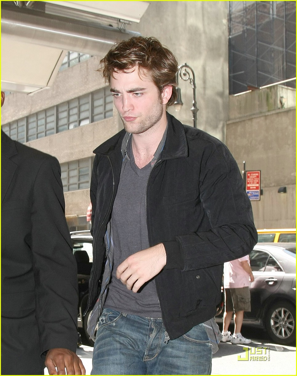 robert pattinson mtv movie awards 2009 01