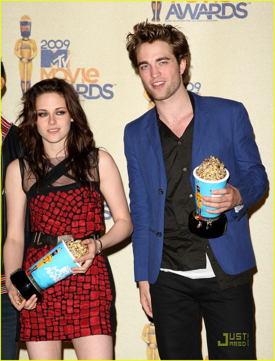 robert pattinson mtv movie awards 2009 10