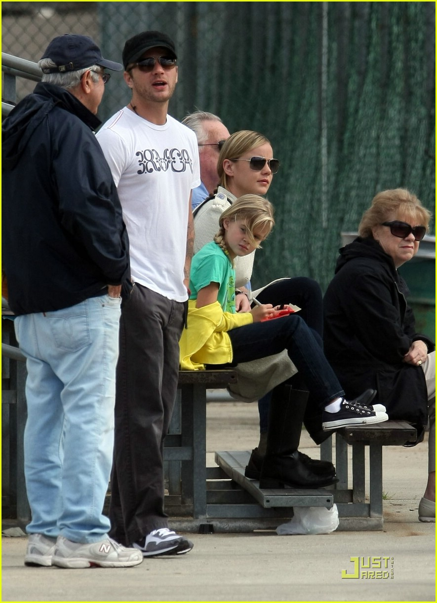 ryan phillippe little league 091971571