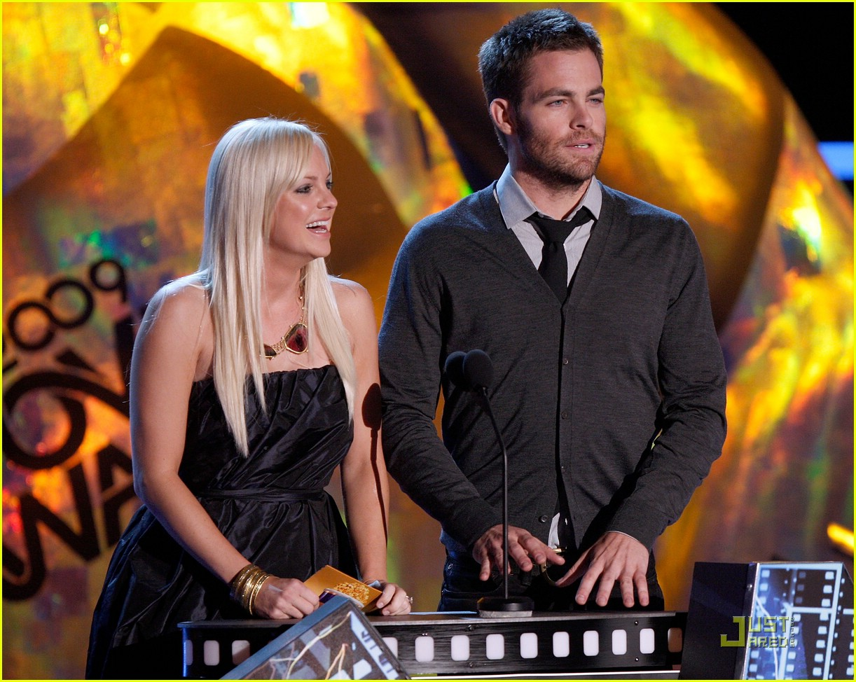 chris pine mtv movie awards 2009 01