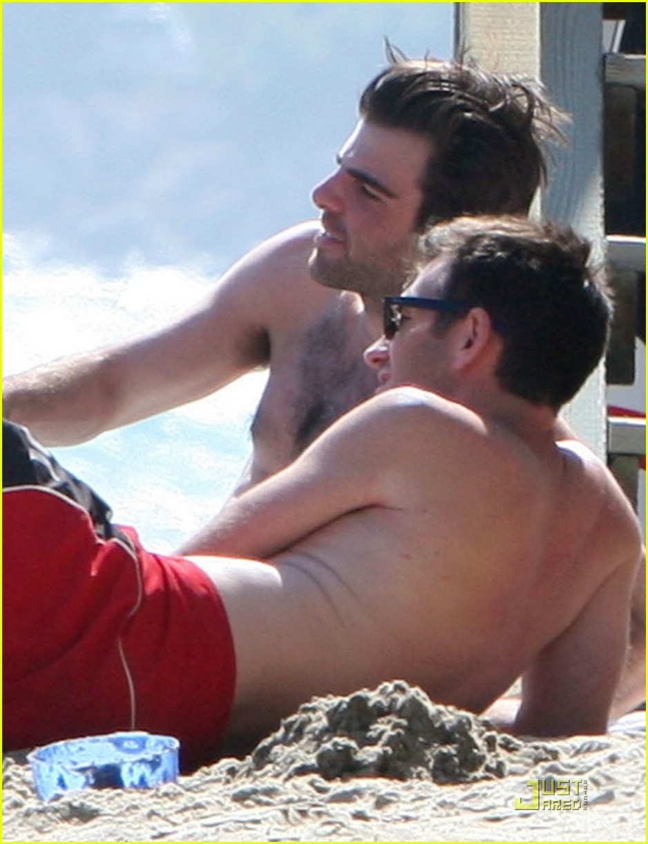 zachary quinto beach shirtless 012017721