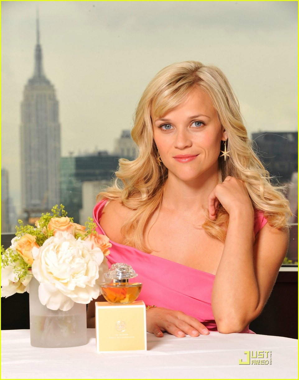 reese witherspoon in bloom fragrance 031983241