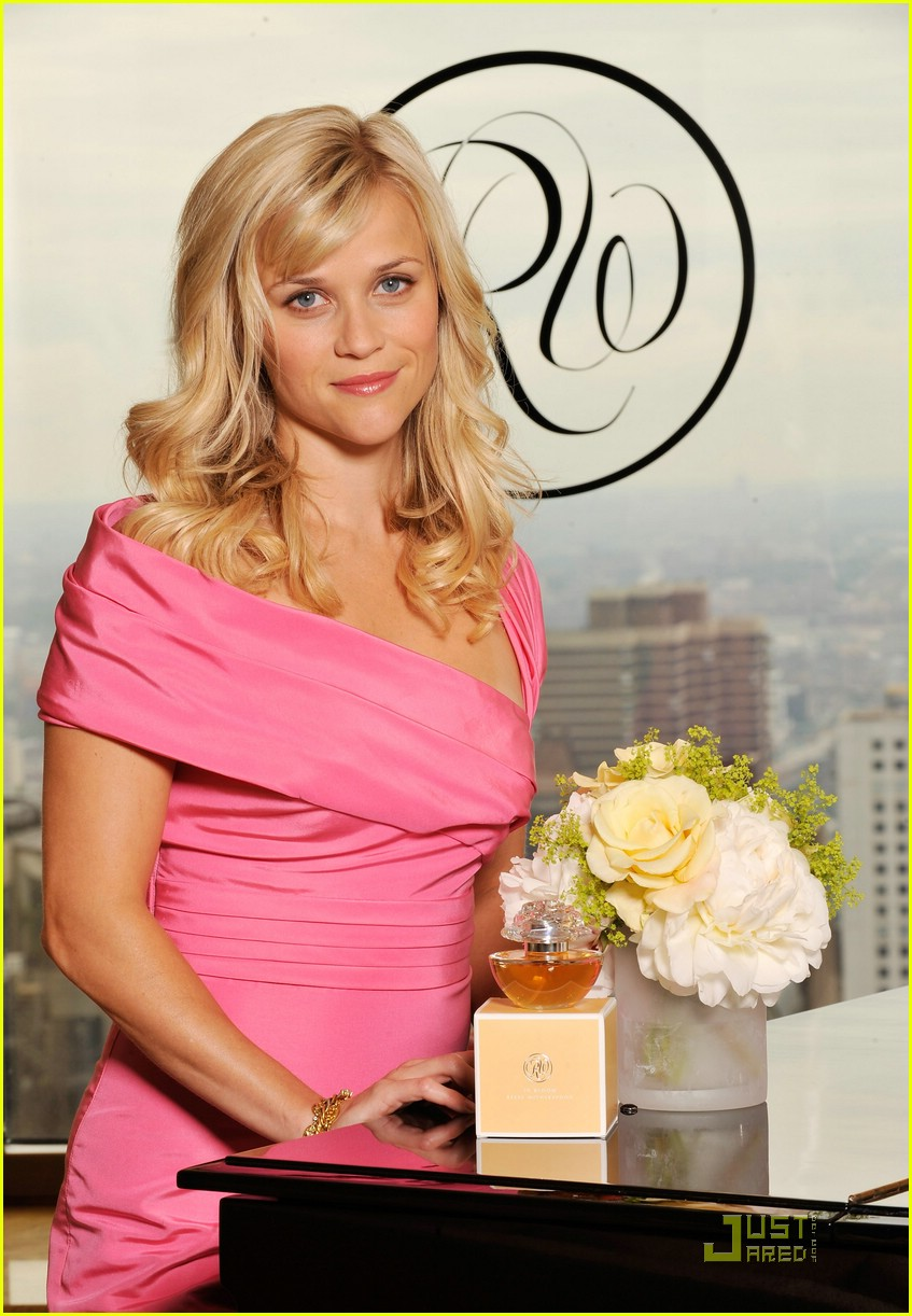 reese witherspoon in bloom fragrance 08