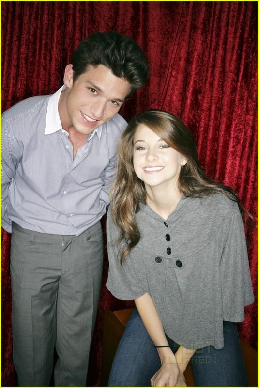 Shailene Woodley And Daren Kagasoff Together