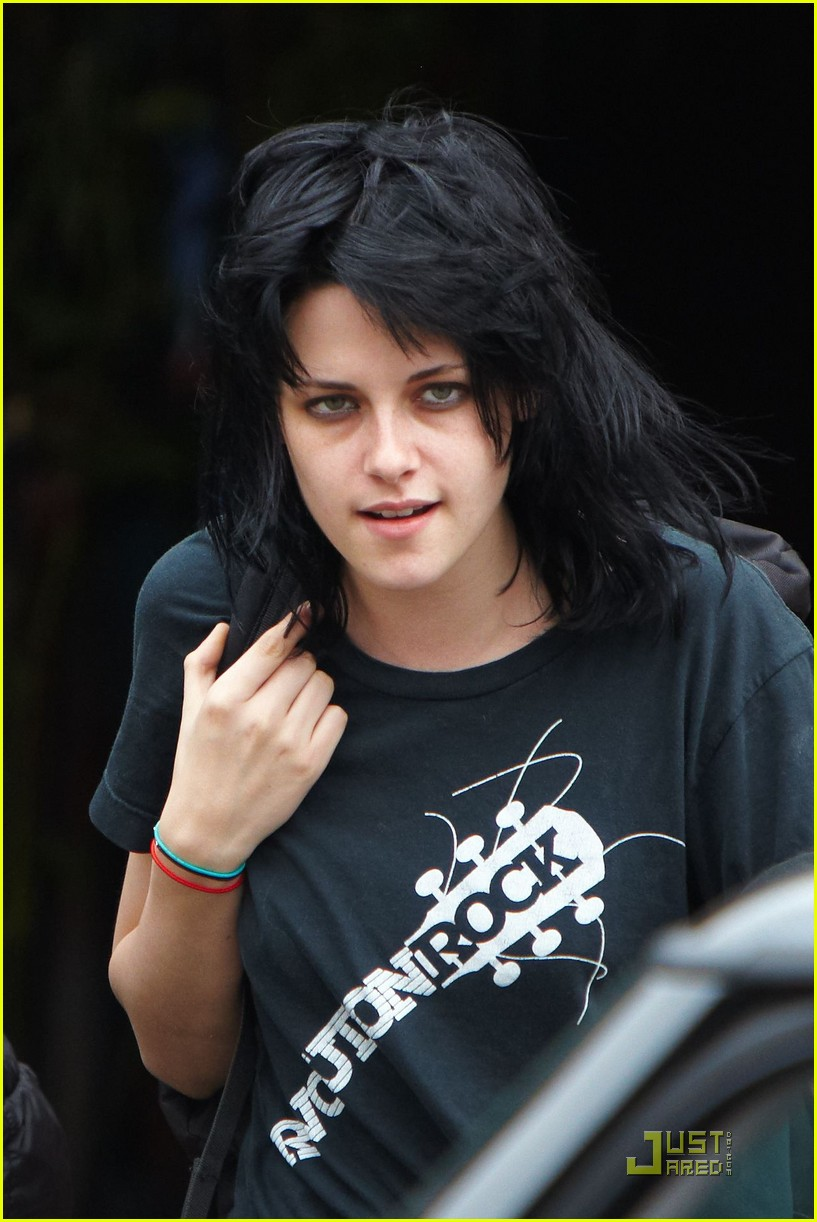kristen stewart jett fuel 19