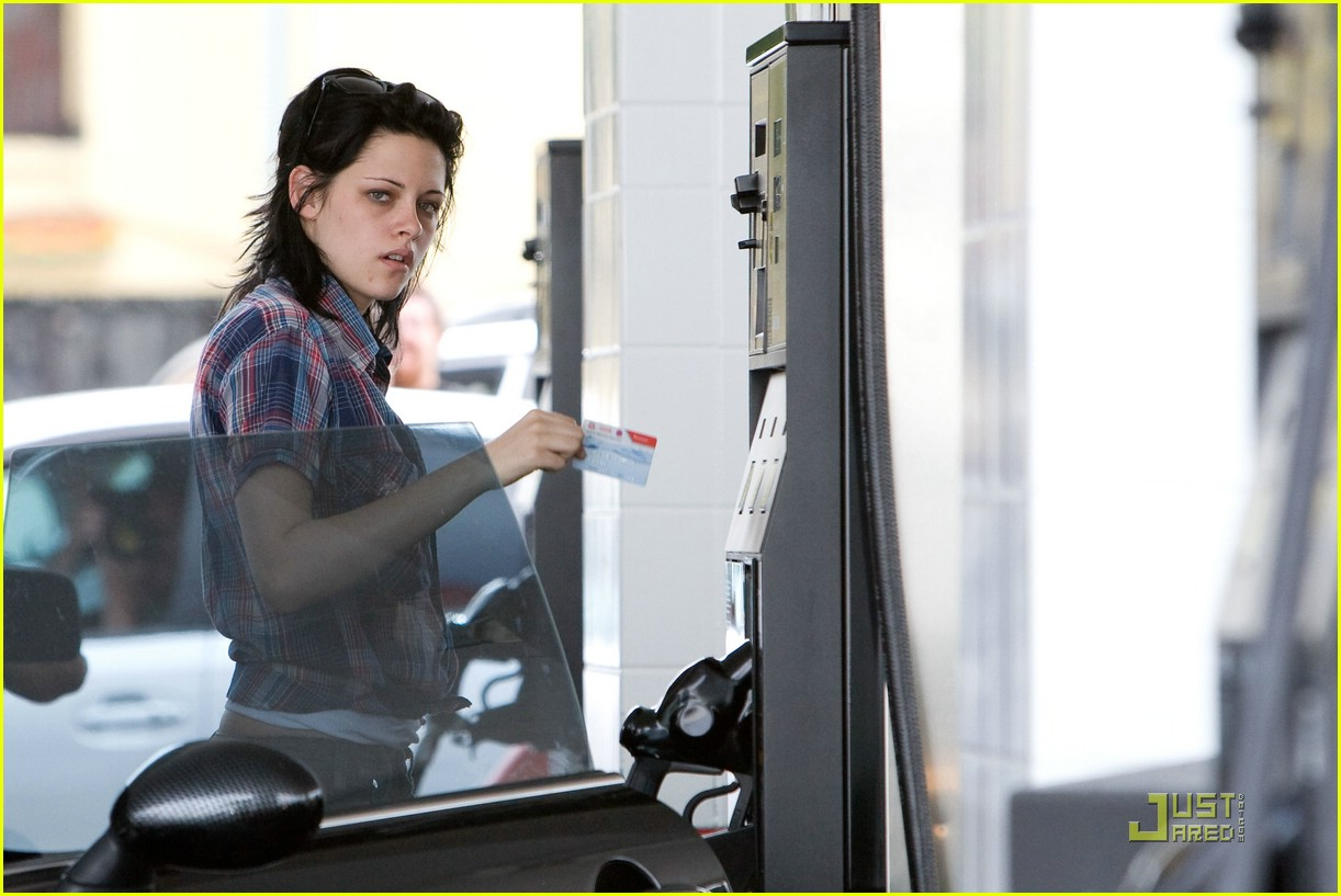 kristen stewart plaid pumper 071989891