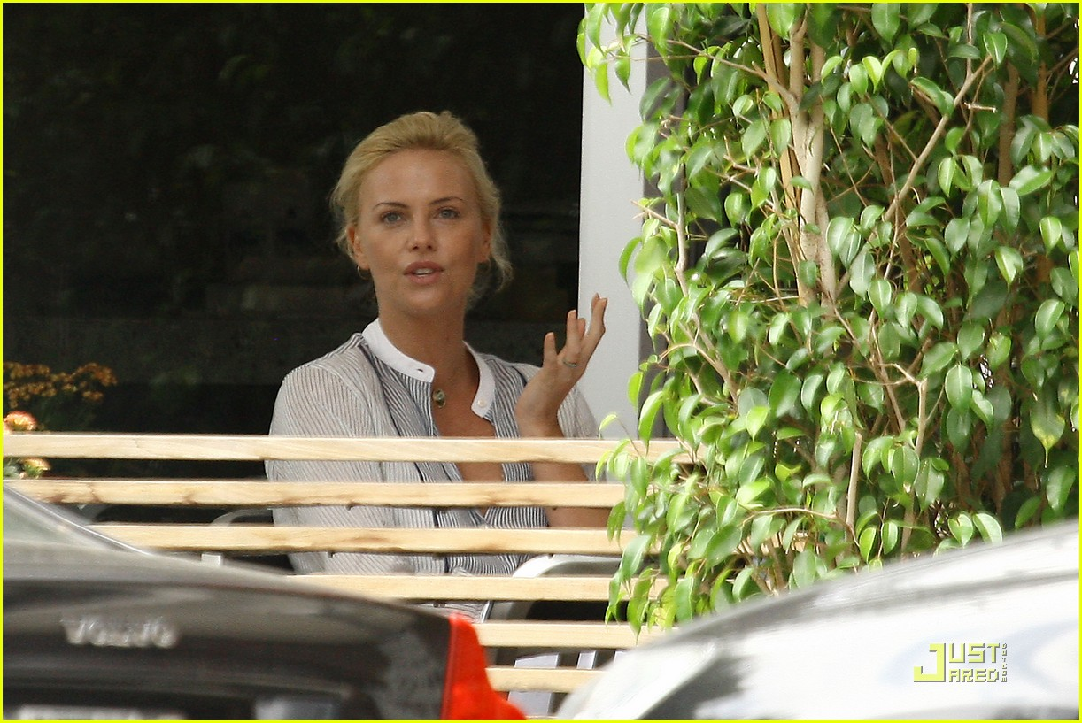 charlize theron boycotts bluefin 081977491