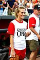 carrie underwood softball grand ole opry 05